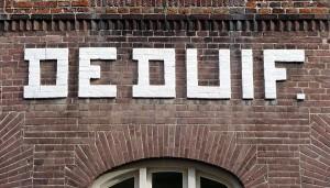 Gevelreclame Magazijn De Duif, Lange Noordstraat, Middelburg