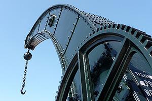Detail van de typerende vorm en constructie van de Fairbairn-kraan